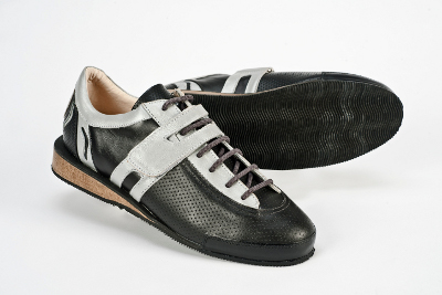 Risto Weightlifting Shoe Review 9c432c52750f